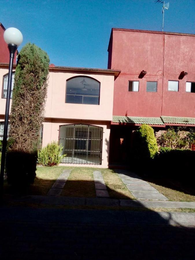 Foto Casa en condominio en Renta en  Ex-Hacienda San Jorge,  Toluca  Cuarta Cerrada de Xalpa