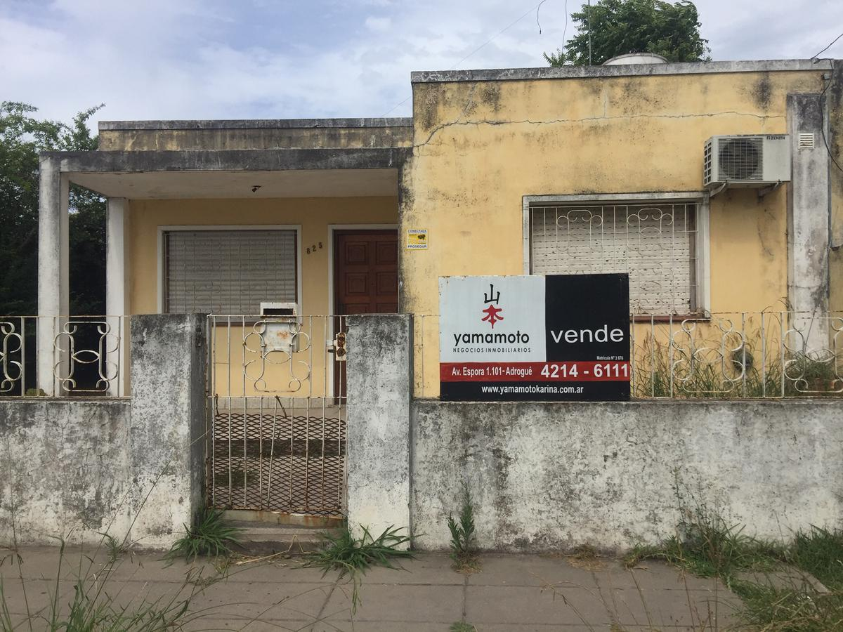 Foto Casa en Venta en  Jose Marmol,  Almirante Brown  Molina 815