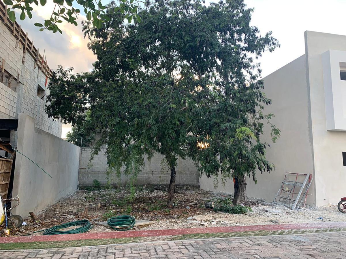 Foto Terreno en Venta en  Residencial El Bambú,  Solidaridad  Bosques de Bambu