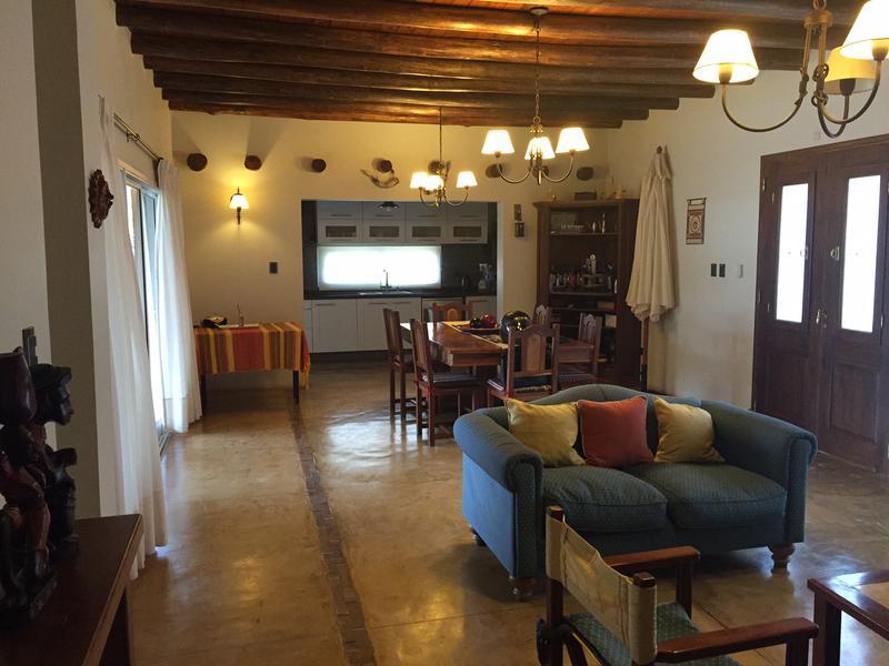 Foto Casa en Venta en  Costa del Lago,  Ullum  Costa del Lago lote 72/73