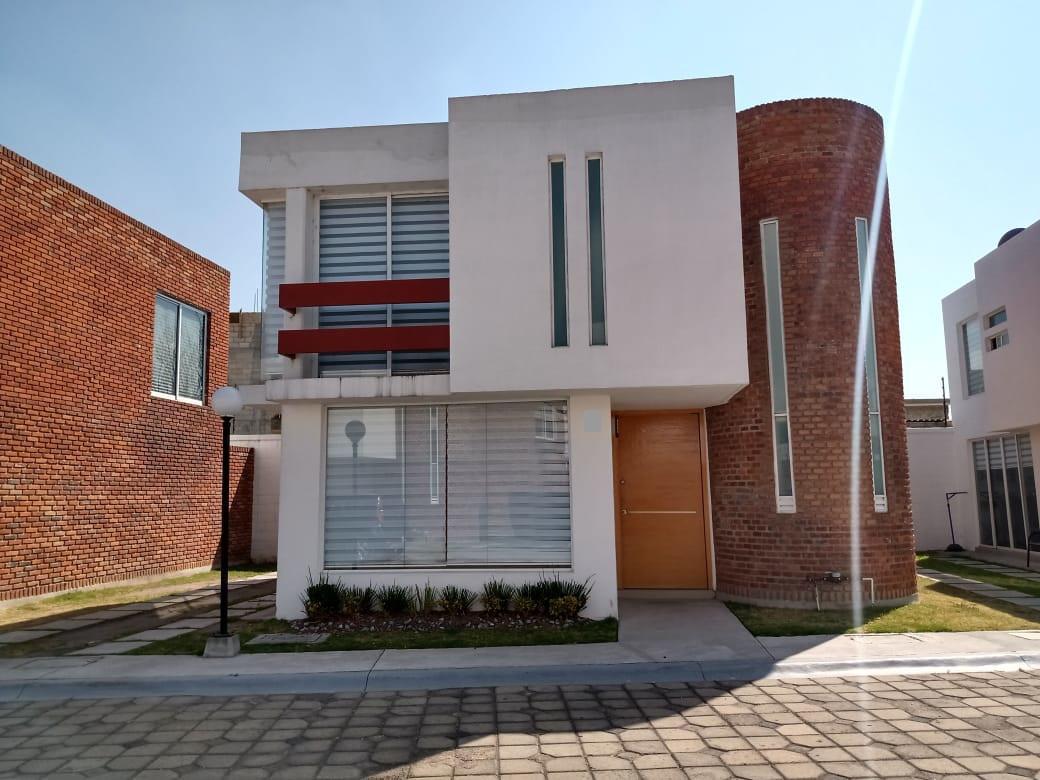 Foto Casa en condominio en Renta en  San Mateo Atenco ,  Edo. de México  Casa en RENTA, Espacio 1, San Mateo Atenco, Estado de México
