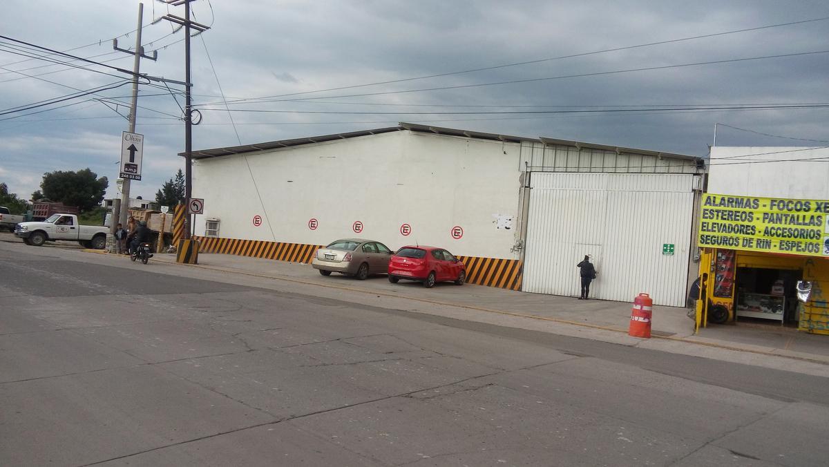 Foto Bodega Industrial en Renta en  Cuautlancingo,  Cuautlancingo  Renta de bodega sobre avenida muy buen frente en Cuautlancingo Puebla