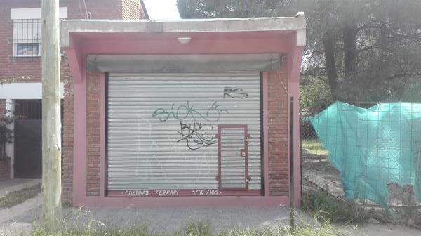 Foto Local en Alquiler en  Ingeniero Maschwitz,  Escobar  Los Andes entre Avellaneda y Sarmiento