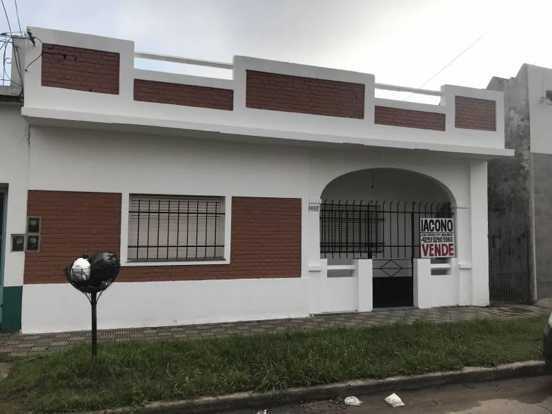 Foto PH en Venta en  Quilmes Oeste,  Quilmes  Corrientes 3657 e/ Aime Tschiffely y José A. Barton