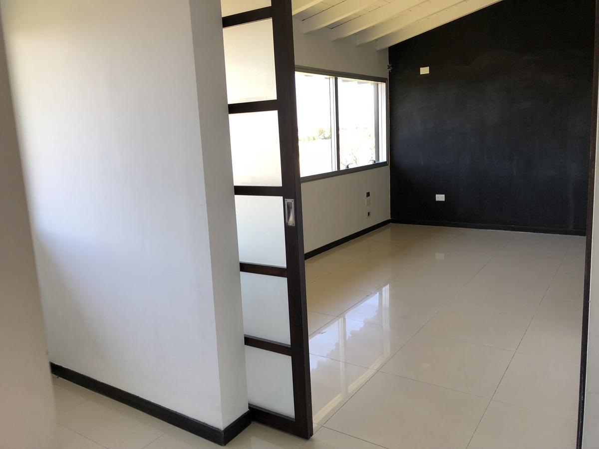 Foto Oficina en Venta en  Benavidez,  Tigre  Riviera Park, Av Agustin Garcia, Alquiler Oficina de 80 m2