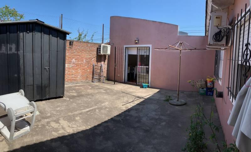 Foto Casa en Venta en  Belen De Escobar,  Escobar  Alvarado  al 100