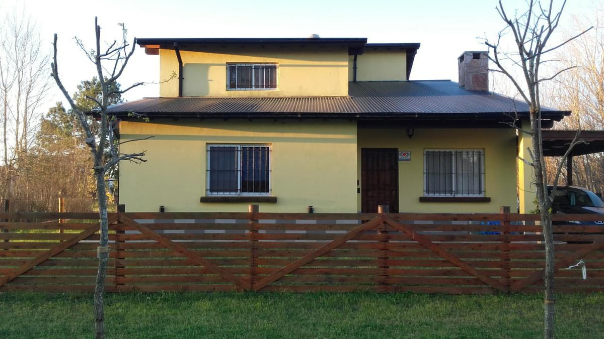 Foto Casa en Venta en  Costa Del Este ,  Costa Atlantica  Los Girasoles al 1000