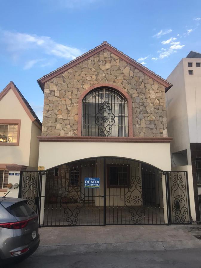 Foto Casa en Renta en  Monterrey ,  Nuevo León  RENTA AMUEBLADA cumbres renacimiento
