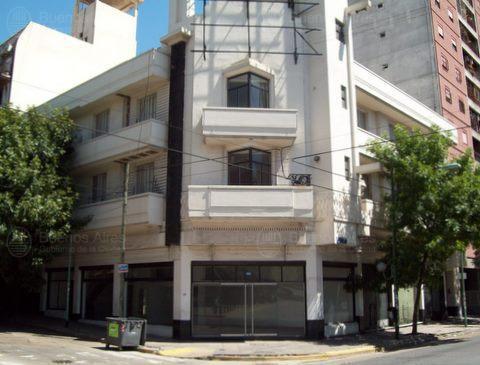 Foto Terreno en Venta en  Boca ,  Capital Federal  Almirante Brown al 900