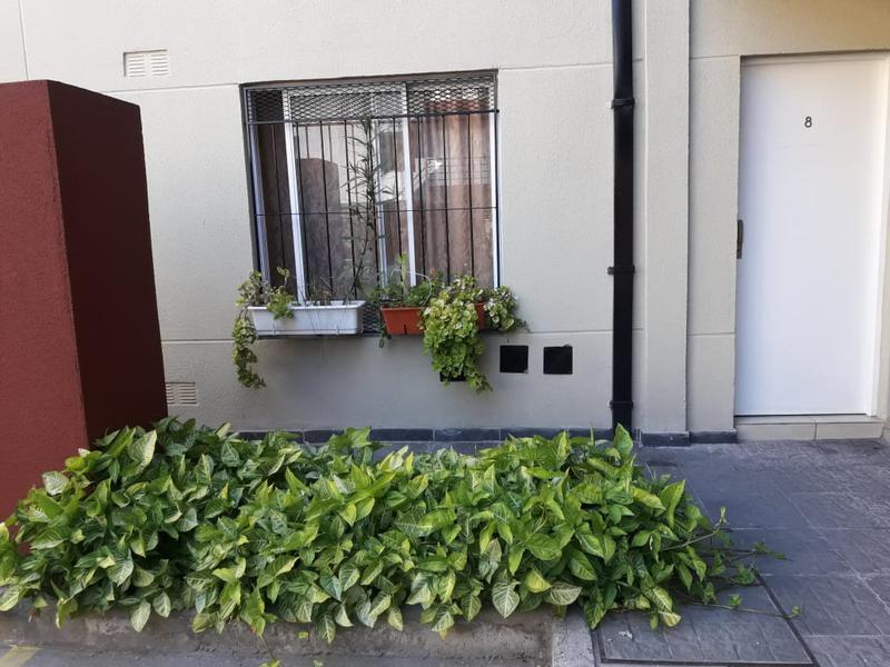 Foto Departamento en Venta | Alquiler en  Moron,  Moron  Donato Alvarez al 300