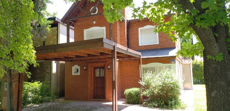 Foto Casa en Venta en  Pueblo Esther ,  Santa Fe  Country GER - Pueblo Esther