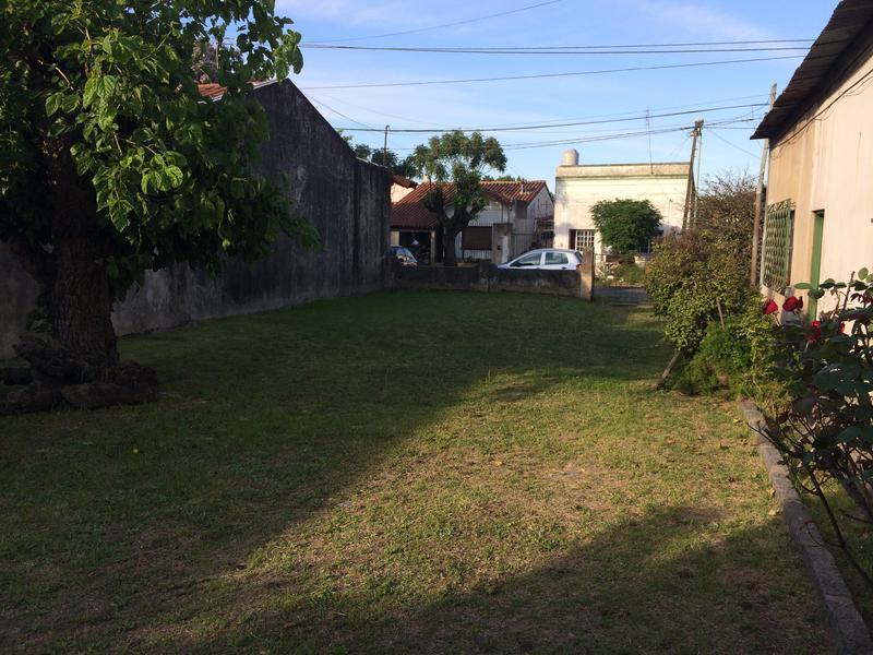 Foto Terreno en Venta en  Temperley Este,  Temperley  Carlos Casares 31 e/ Cerrito y Riobamba