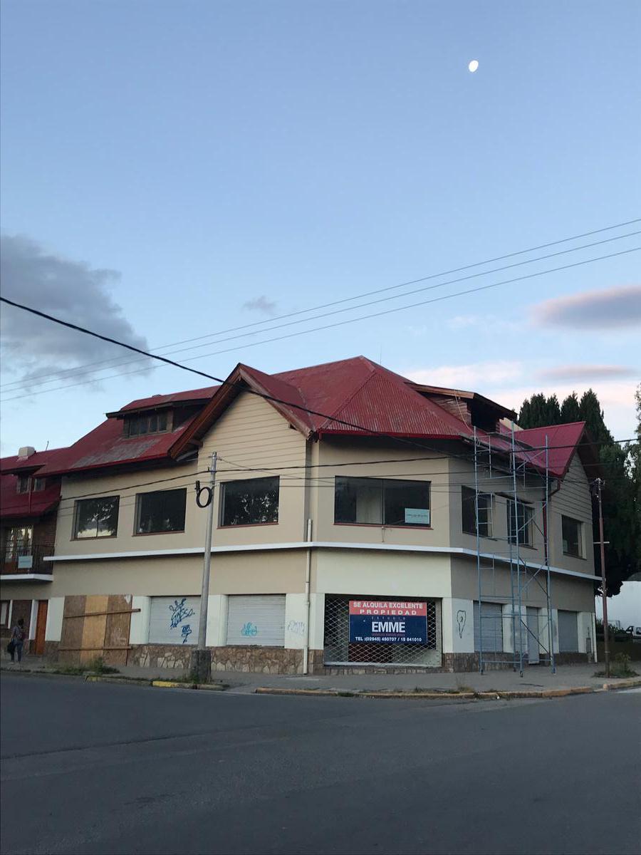 Foto Local en Alquiler en  Esquel,  Futaleufu  Belgrano