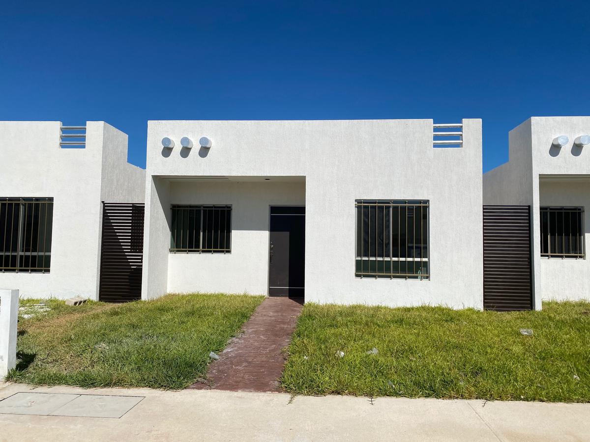 Foto Casa en Renta en  Fraccionamiento Las Américas,  Mérida  Renta Casa 2 recámaras-Las Américas etapa 6