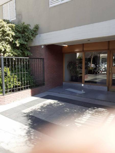 Foto Departamento en Venta en  Colegiales ,  Capital Federal  Teodoro García *  2800  4to. Piso.  Fte. 4 amb.  Sup. :82m2. Por por m2. usd 2.110.