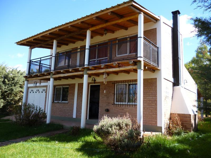 Foto Casa en Venta en  Cutral Co,  Confluencia  LAGO LOS BARREALES
