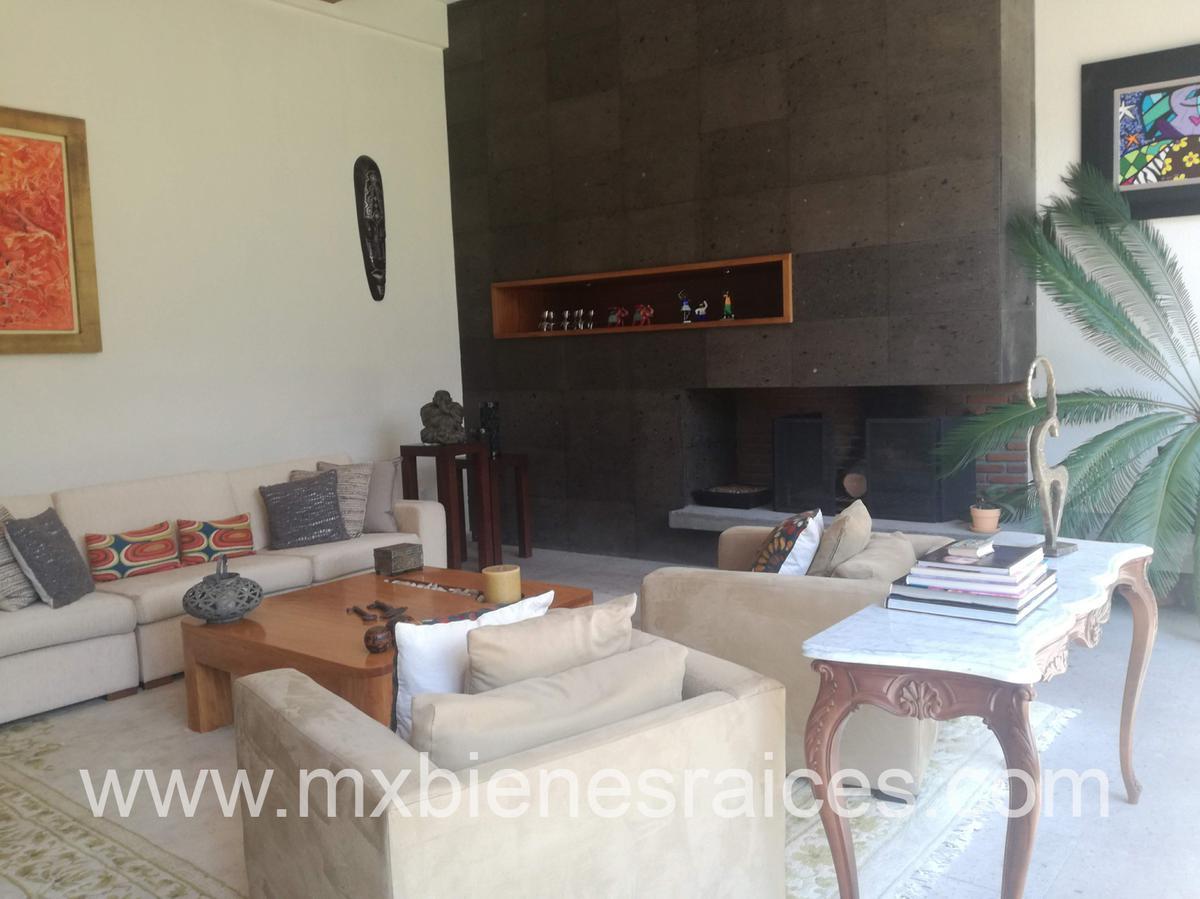 Foto Casa en Venta en  Villa Florence,  Huixquilucan  Villa Florence linda casa de 4 recamaras