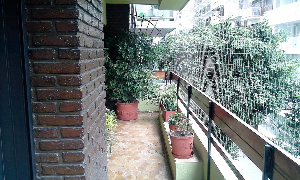 Foto Departamento en Venta en  Recoleta ,  Capital Federal  Ayacucho al 1400 4º