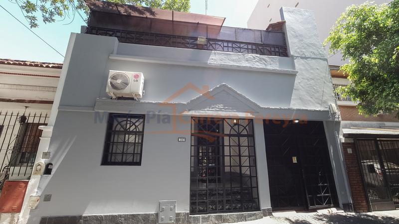 Foto Casa en Venta en  B.Santa Rita,  V.Parque  Terrada al 1400