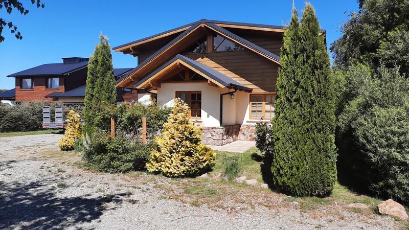 Foto Casa en Venta en  Las Marías,  San Carlos De Bariloche  Barrio Las Marías