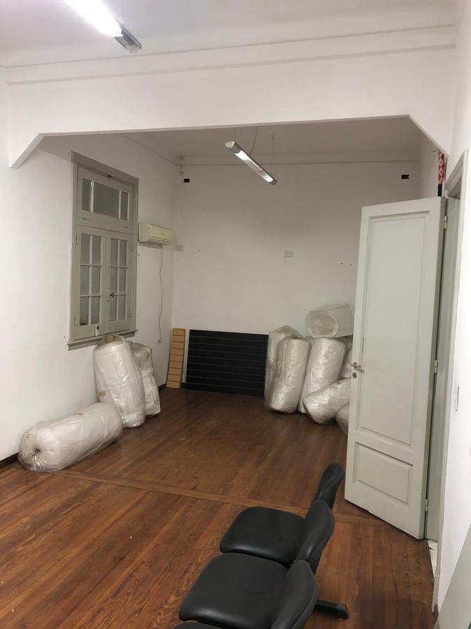 Foto Oficina en Venta en  Balvanera ,  Capital Federal  Libertad al 200