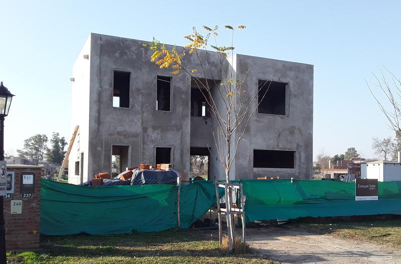 Foto Casa en Venta en  Santa Elena ,  Pilar Del Este  Barrio SANTA ELENA– LOTE 237 (Octubre 2021)