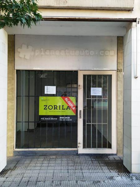 Foto Local en Alquiler en  Centro,  Rosario  Moreno al 200
