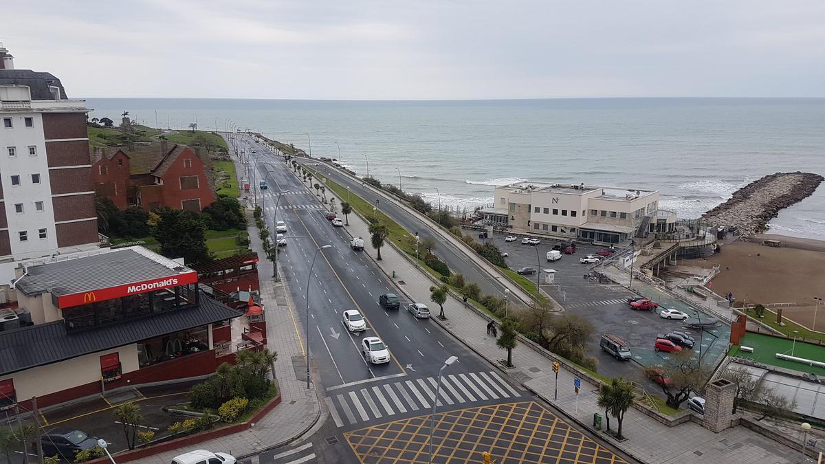 Foto Departamento en Alquiler temporario en  Playa Grande,  Mar Del Plata  BV MARITIMO Y R. PEÑA • FTE AL MAR