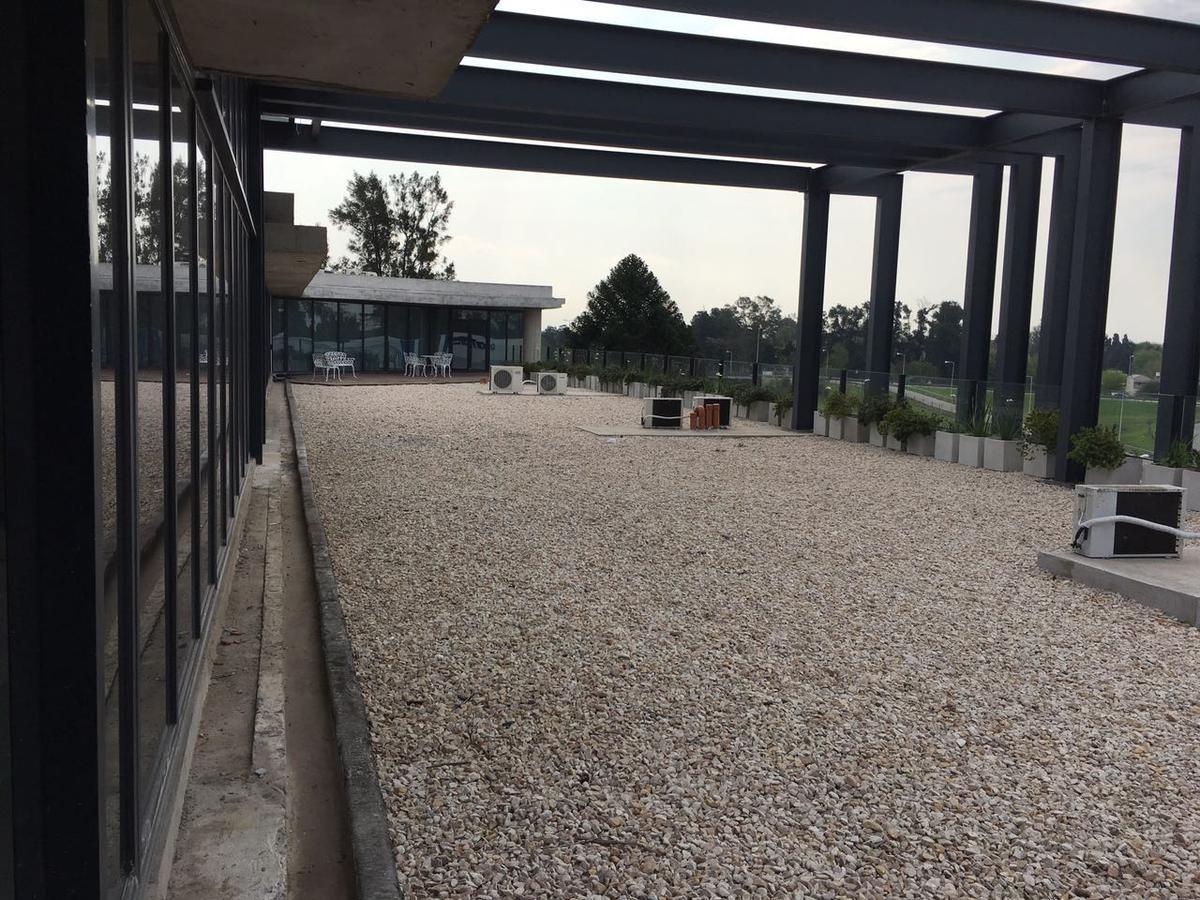Foto Oficina en Venta   Alquiler en  Moreno ,  G.B.A. Zona Oeste  Acceso Oeste km 41