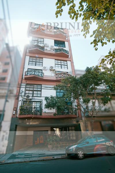 Foto Departamento en Venta en  Caballito ,  Capital Federal  Ramos Mejía 1000