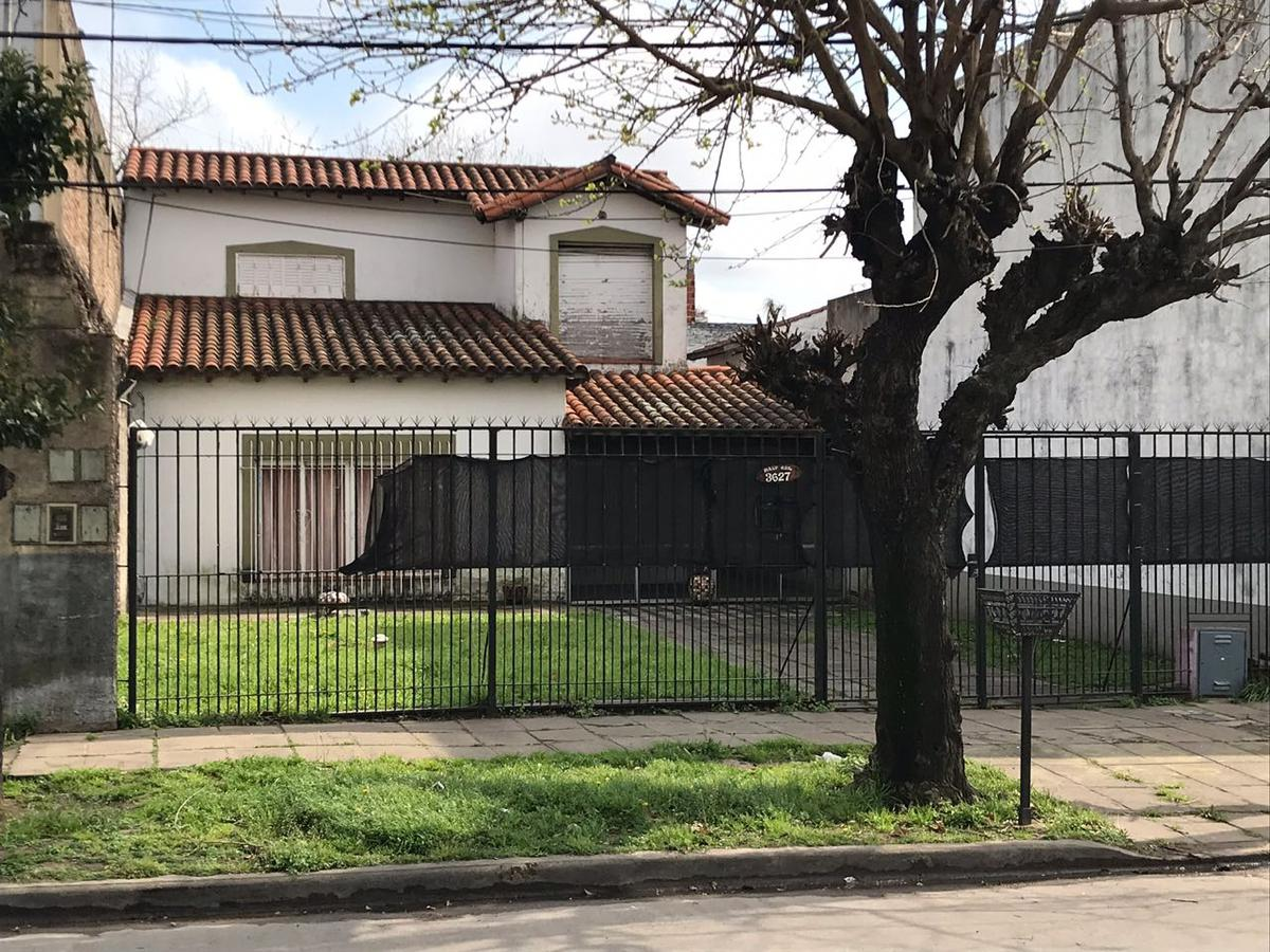 Foto Casa en Venta en  S.Fer.-Vias/Centro,  San Fernando  MALVINAS ARGENTINA 3419