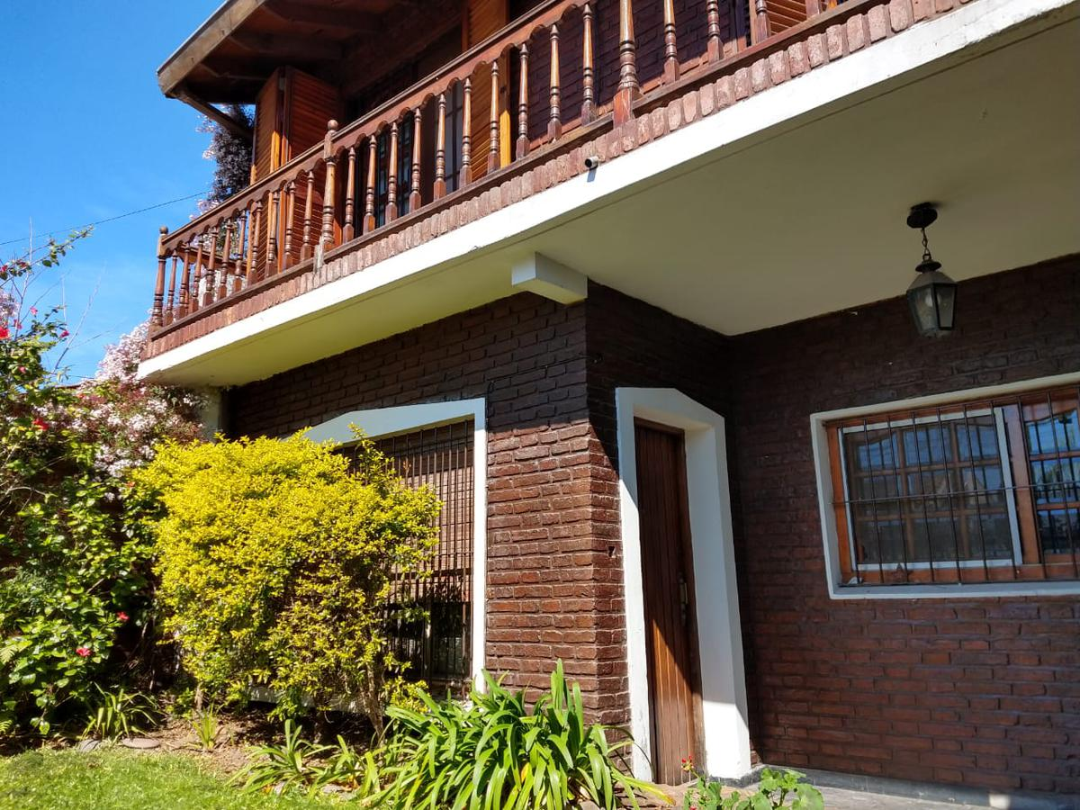 Foto Casa en Venta en  San Miguel ,  G.B.A. Zona Norte  San Luis al 600