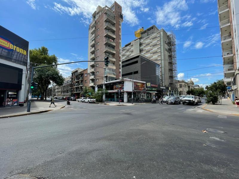 Foto Departamento en Alquiler en  Pichincha,  Rosario  Vera mujica 635  01-01