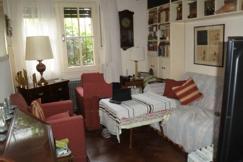 Foto Casa en Venta en  Martinez,  San Isidro  Pasteur al 200
