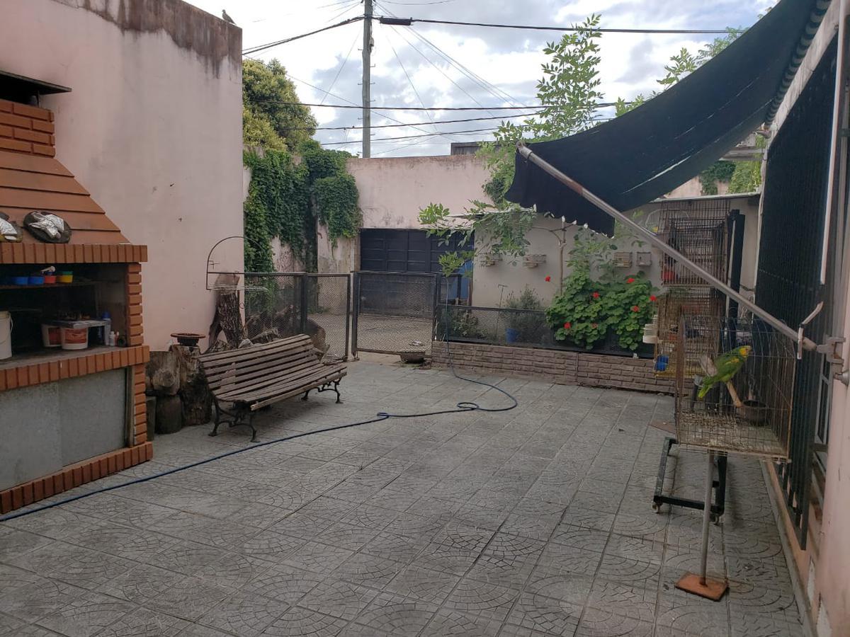 Foto Casa en Venta en  Azcuenaga,  Rosario  LARREA al 1200