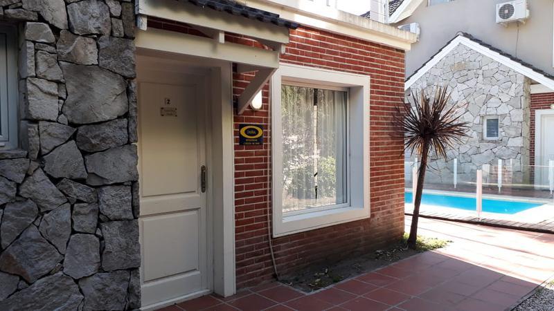 DUPLEX Apart - Pinamar: Pinamar Village 2 Amb. Nº 2 - AMAPOLA