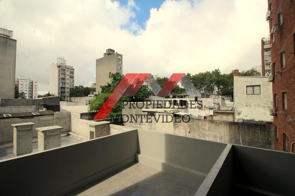 Foto Apartamento en Alquiler en  Cordón ,  Montevideo  Cordón, Rivera al 2100