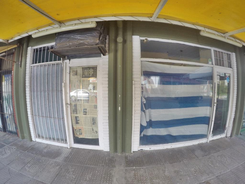 Foto Local en Venta en  San Bernardo Del Tuyu ,  Costa Atlantica  Chiozza 3300