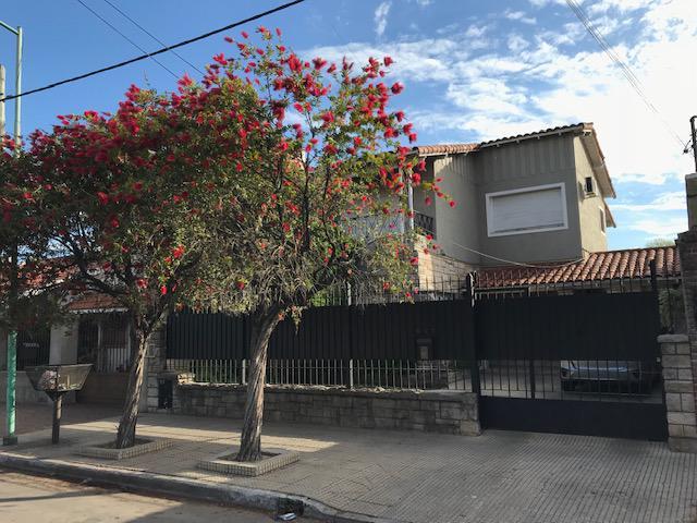 Foto Casa en Venta en  Temperley Este,  Temperley  GARCIA DEL RIO  457   e/Condarco y Pasco
