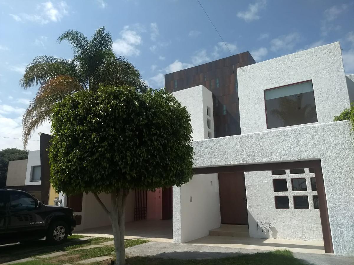 Foto Casa en Renta en  San Luis Potosí ,  San luis Potosí  CASA EN RENTA EN PRIVADA LOS LAURELES, LOMAS 4A SECCION, SAN LUIS POTOSI