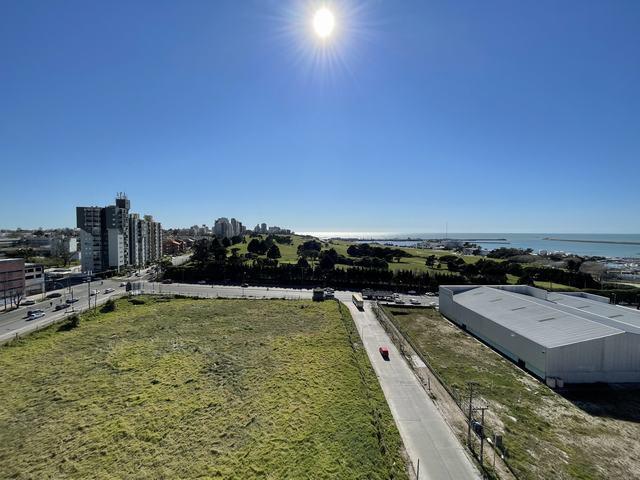 Foto Departamento en Alquiler en  Puerto,  Mar Del Plata  Alquiler 36 Meses 4 ambientes con cochera. Solís al 3400. Puerto, Mar del Plata