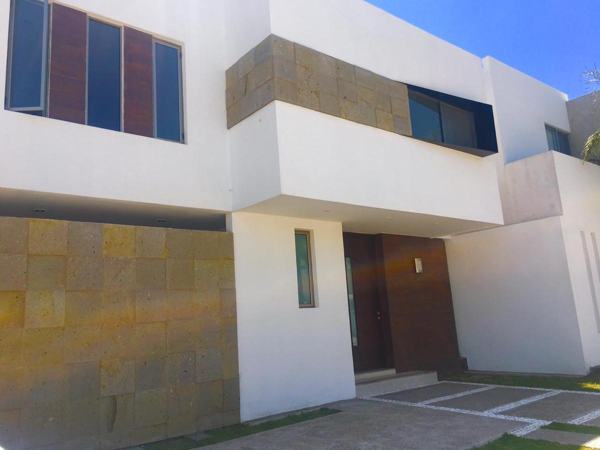 Foto Casa en Venta en  Fraccionamiento Los Olivos,  Jesús María  Casa en Venta Residencial Los Olivos (2)