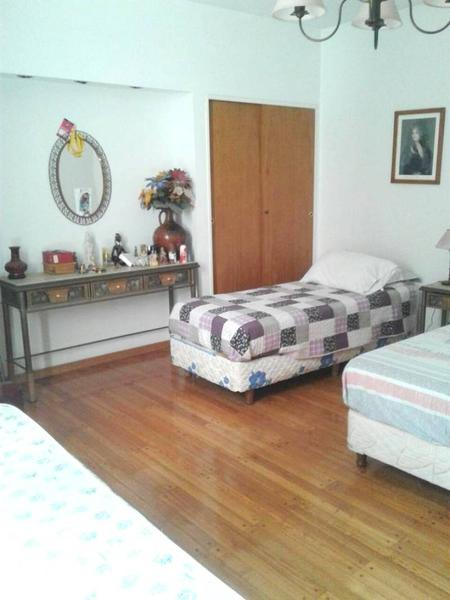 Foto Departamento en Venta en  Monserrat,  Centro (Capital Federal)  Chile 1400* - Piso 4° - Depto. 3 Amb, C/ TOILETTE - Sup. Total 100 m². Precio m² U$D 1.550