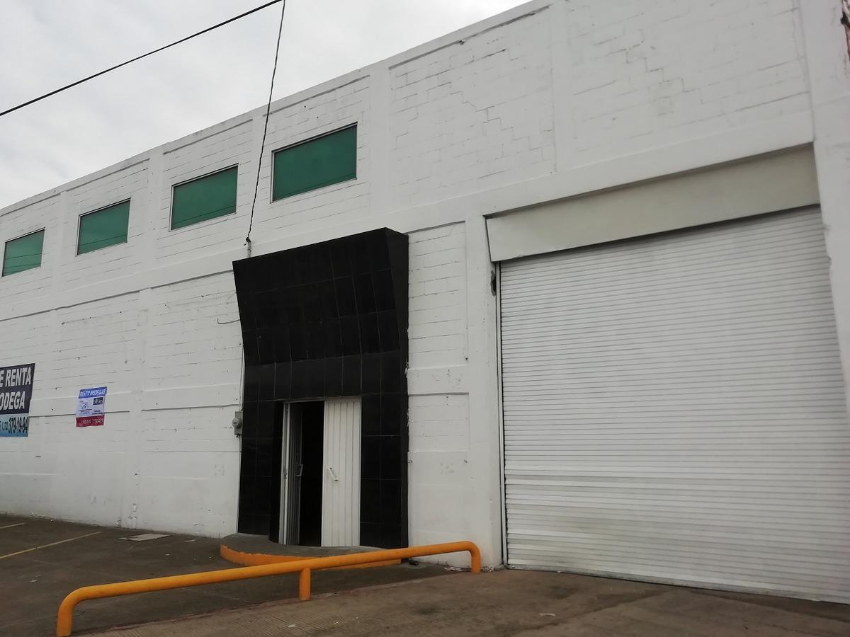 Foto Bodega Industrial en Renta en  Isidro Fabela,  Lerma  BODEGA EN RENTA EN AVENIDA LAS PARTIDAS, METEPEC