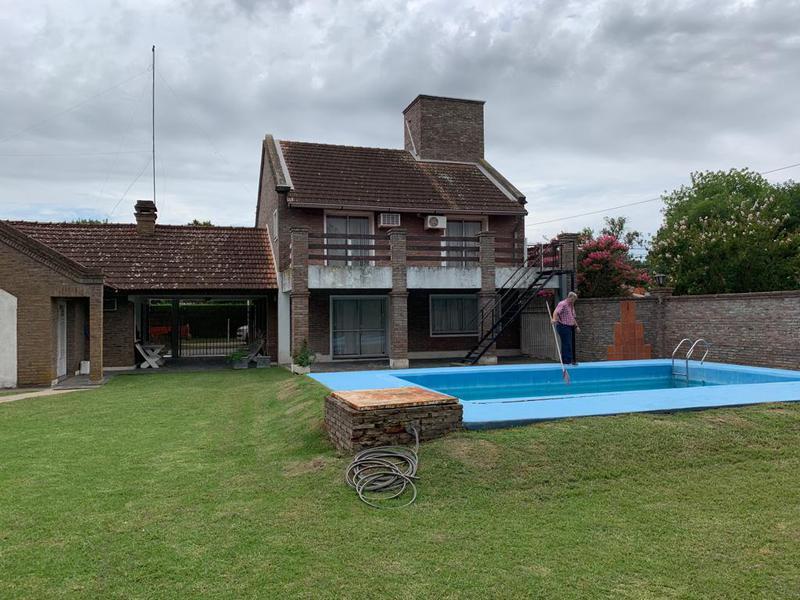 Foto Casa en Venta en  Centro,  Funes  Sarmiento al 600