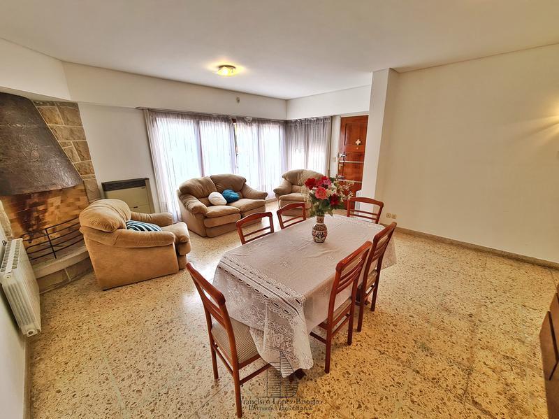 Foto Casa en Venta en  Don Bosco,  Mar Del Plata  Rivadavia al 4600
