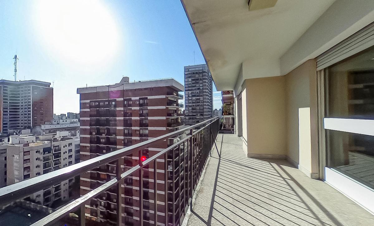 Foto Departamento en Venta en  Belgrano ,  Capital Federal  Arcos 1929 13º