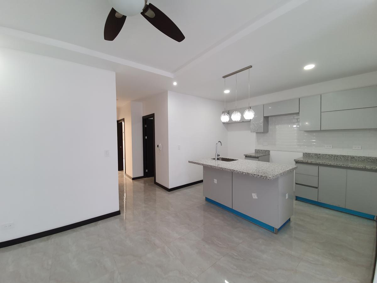 Foto Departamento en Venta en  Pavas,  San José  Amplio 110 m2 / Iluminación natural / Excelentes acabados