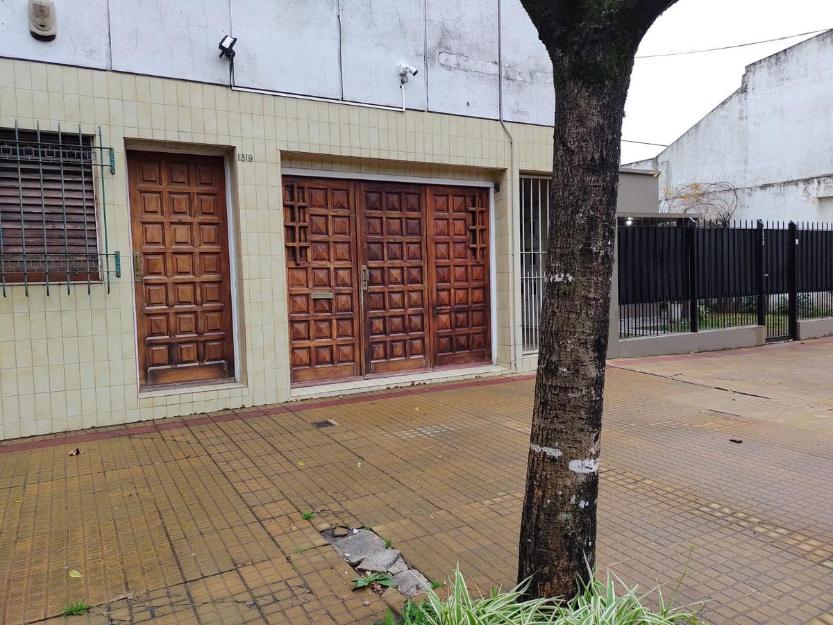 Foto PH en Venta en  La Plata ,  G.B.A. Zona Sur  36 21 y 22