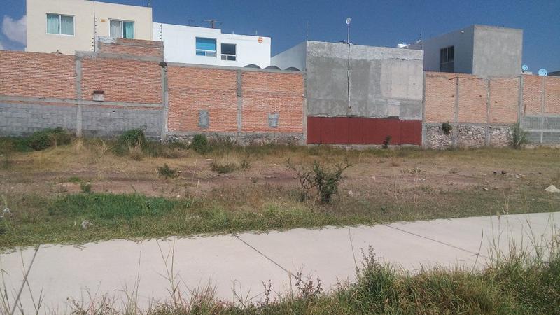 Foto Terreno en Renta en  Villa Magna,  San Luis Potosí  TERRENO COMERCIAL EN RENTA EN VILLAMAGNA, SAN LUIS POTOSI